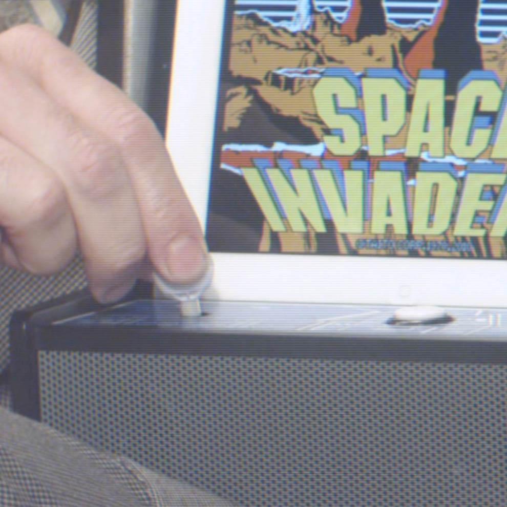 invadercade-2-square-w990px
